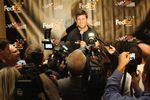 Denny Hamlin juggles the media